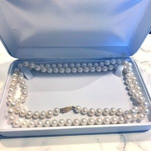 """Gorgeous 36"""" Fresh Water Pearls Necklace"""